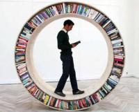Книжкова виставка-ярмарок історичної літератури під відкритим небом